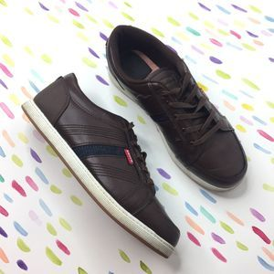 Levi's brown boys 6 leather sneakers laced